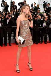Cara Delevingne in Chanel Couture Short Dress -