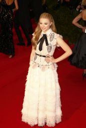 Chloe Grace Moretz – 'Charles James: Beyond Fashion' Costume Institute Gala – May 2014