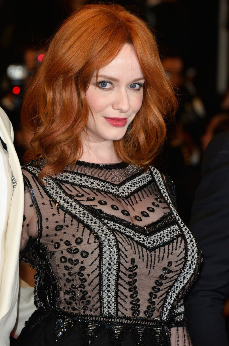 Christina Hendricks Wearing Alberta Ferretti Gown -