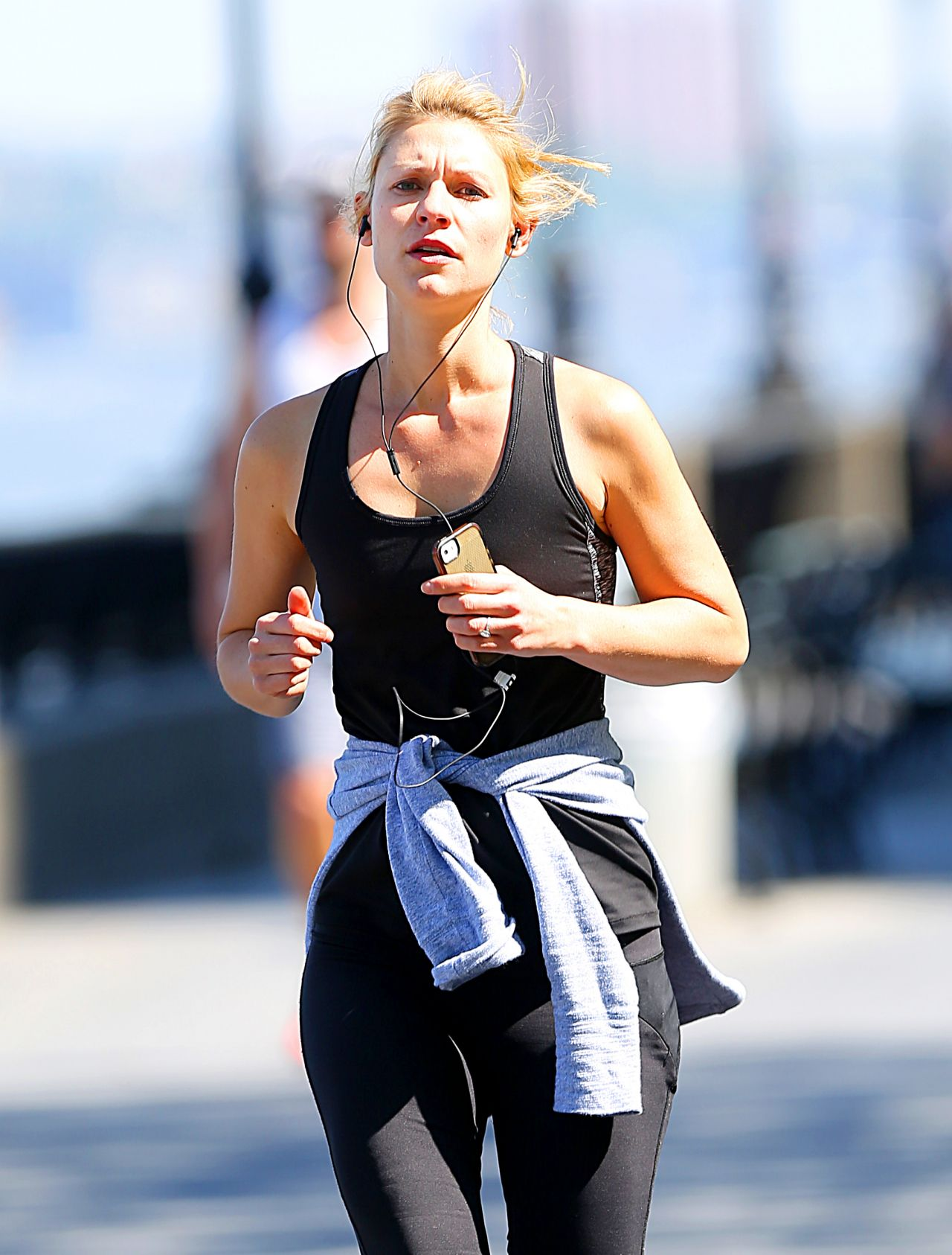 claire danes out jogging in new york city