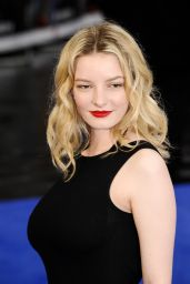 Dakota Blue Richards -
