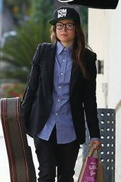Ellen Page Casual Style - Out in West Hollywood - May 2014