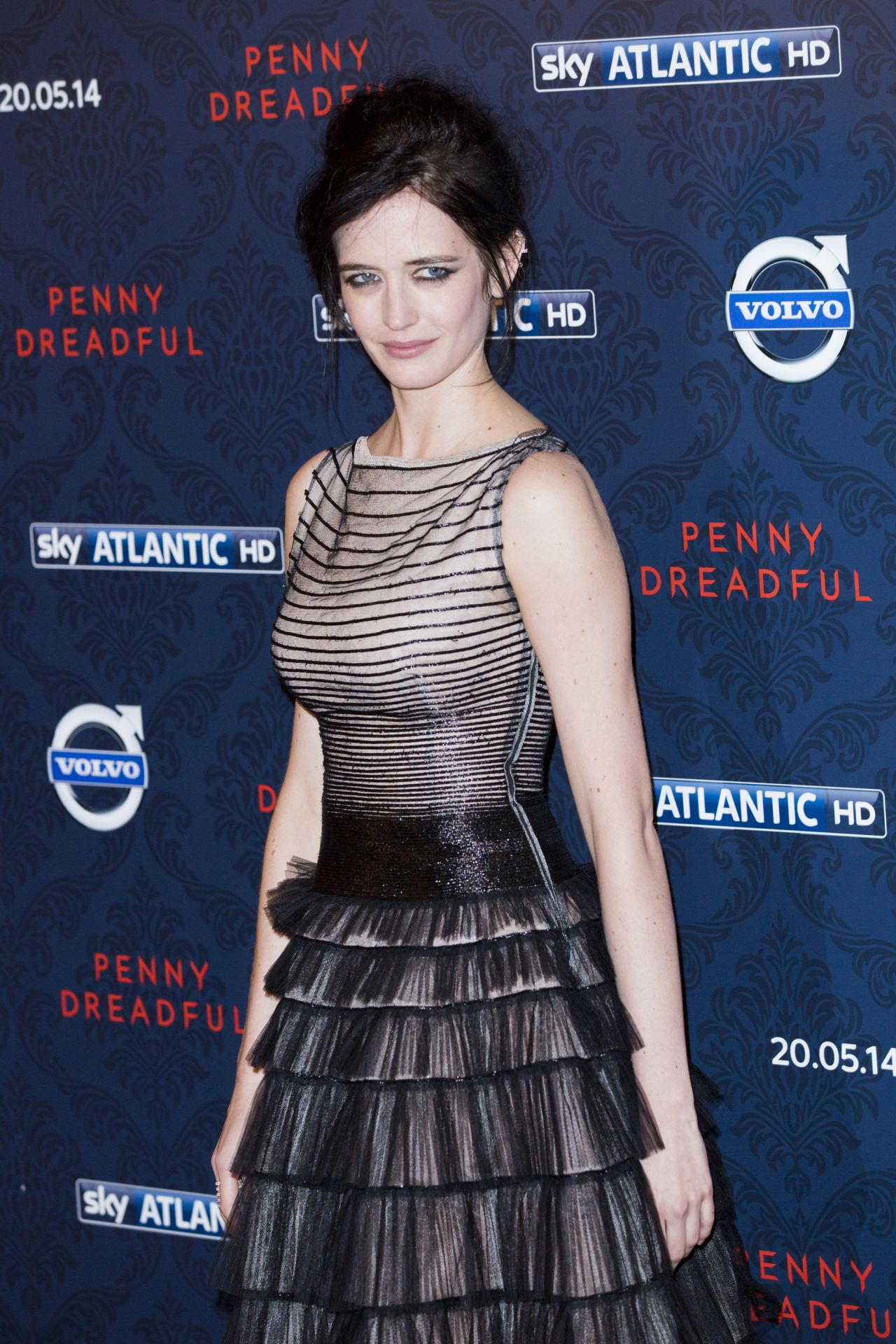 eva-green-penny-dreadful-photocall-in-lo
