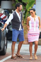 Eva Longoria Casual Style - Shopping in Malibu - May 2014