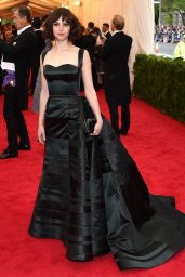 Felicity Jones Wearing Theory by Olivier Theyskens Black Silk Ball Gown – 2014 Met Costume Institute Gala