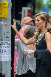 Gisele Bundchen - Filming Chanel Commercial in New York City - May 2014