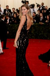 Gisele Bundchen Wearing Balenciaga Dress – 2014 Met Costume Institute Gala