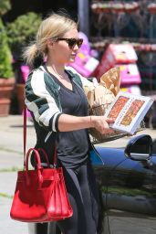Hilary Duff - Shopping in Studio City - May 2014
