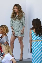 Jennifer Lopez In Lorena Sarbu Tunic Dress - American Idol Studios - April 2014