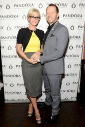 Jenny McCarthy - Pandora Jewelry Presents A Pre-Mother