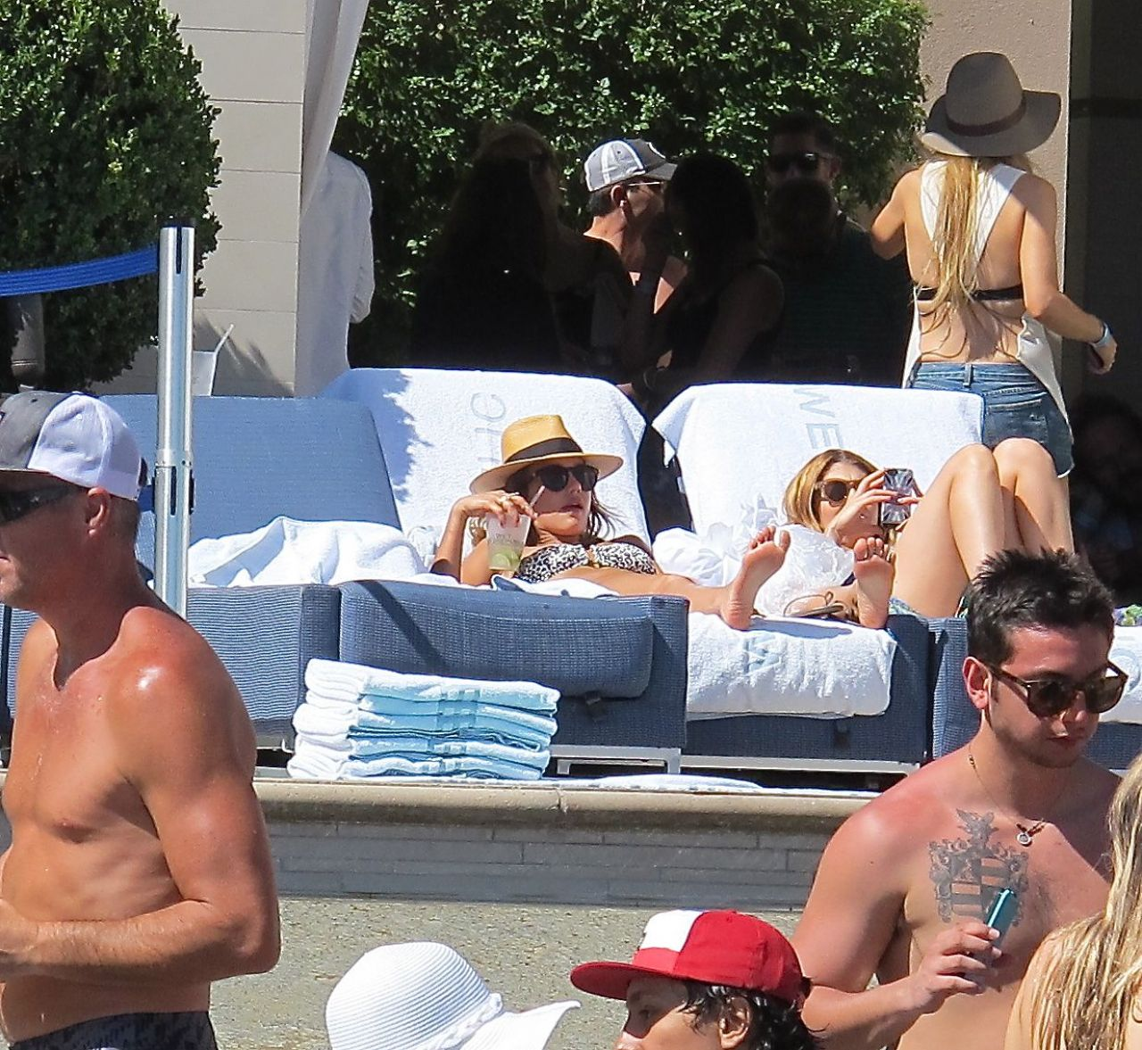 Jessica Alba Bikini Candids - Wet Republic Pool in Vegas - May 2014
