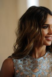 Jessica Alba - Helping Hand of Los Angeles Mother