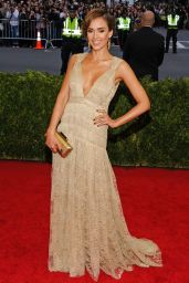 Jessica Alba Wearing Diane Von Furstenberg Dress – 2014 Met Costume Institute Gala