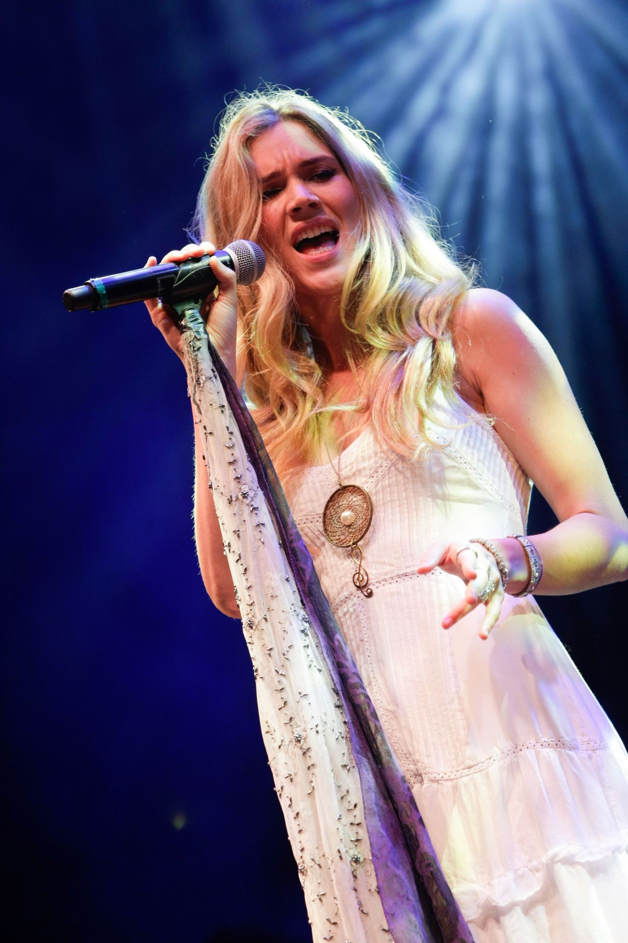 ... conference april 2014 joss stone 2014 sentebale summer party in london