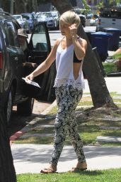 Julianne Hough Street Style - Out in Los Angeles - May 2014