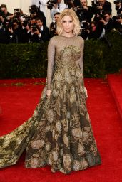 Kate Mara Wearing Valentino Couture Spring 2014 Gown – 2014 Met Costume Institute Gala