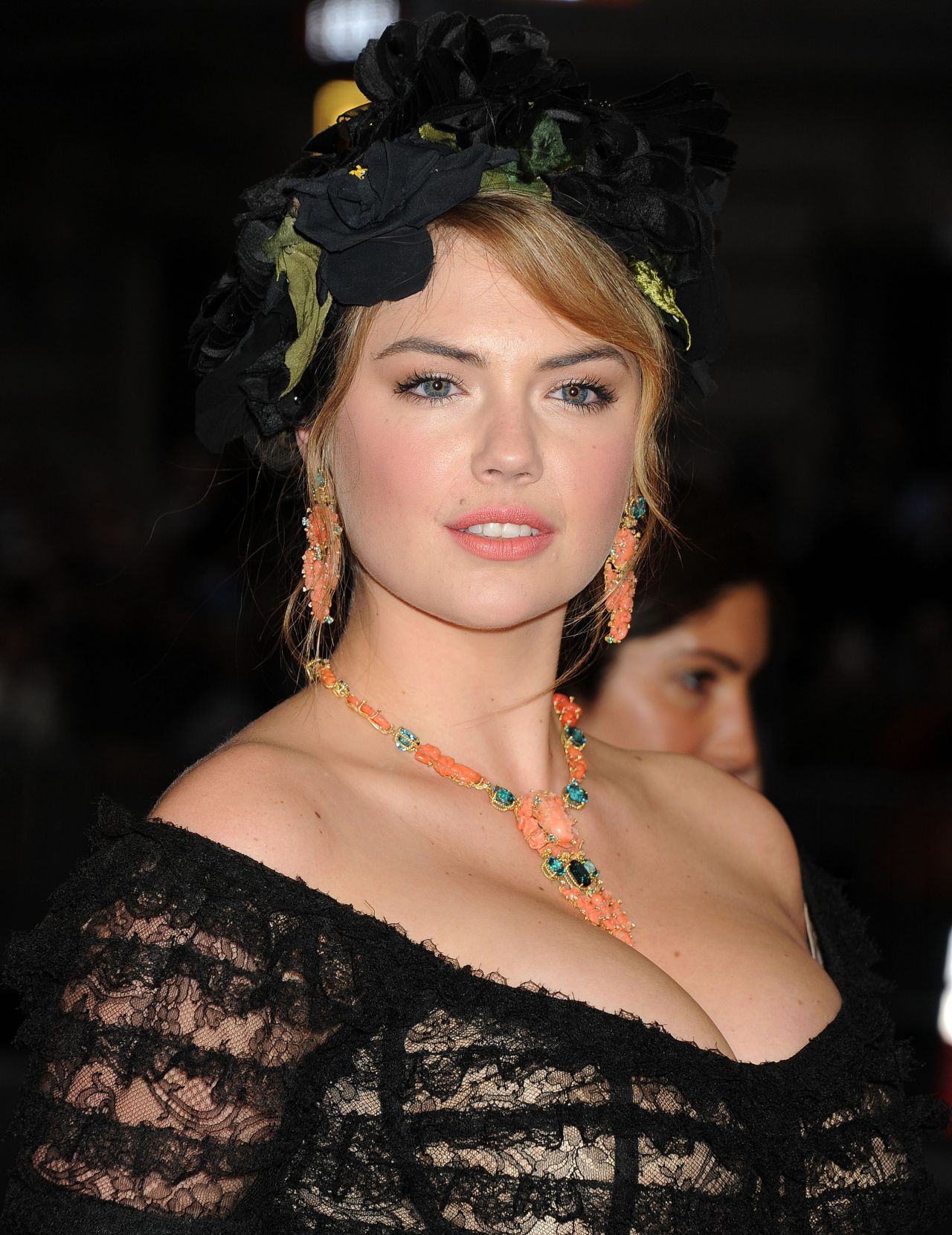Kate Upton Wearing Dolce & Gabbana Gown – 2014 Met Costume Institute Gala