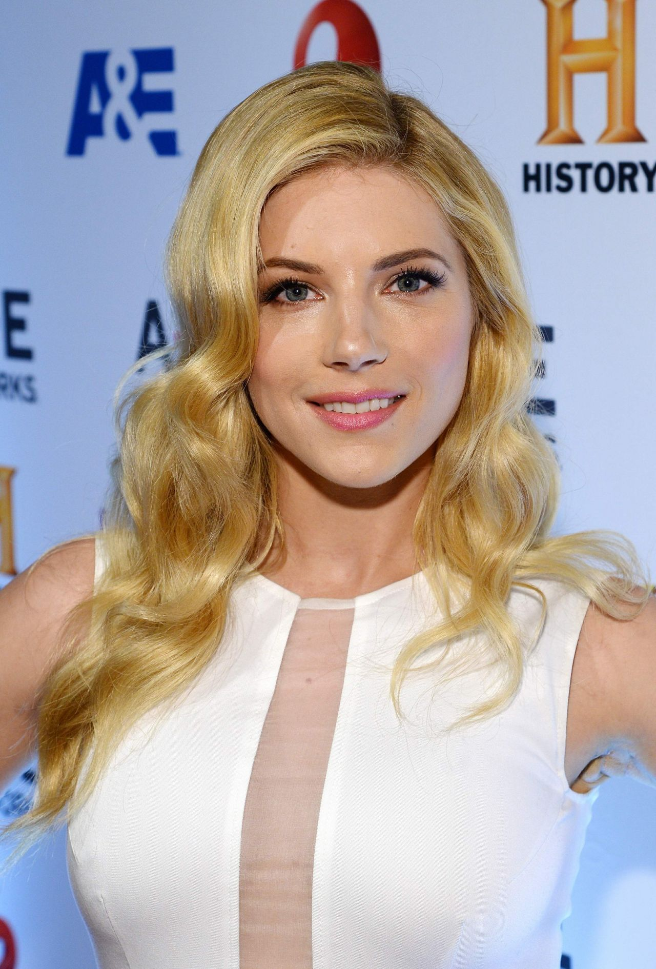 Katheryn Winnick Attends The 2014 Ae Networks Upfront Park