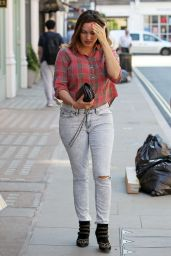 Kelly Brook in jeans, Out in London - May 2014