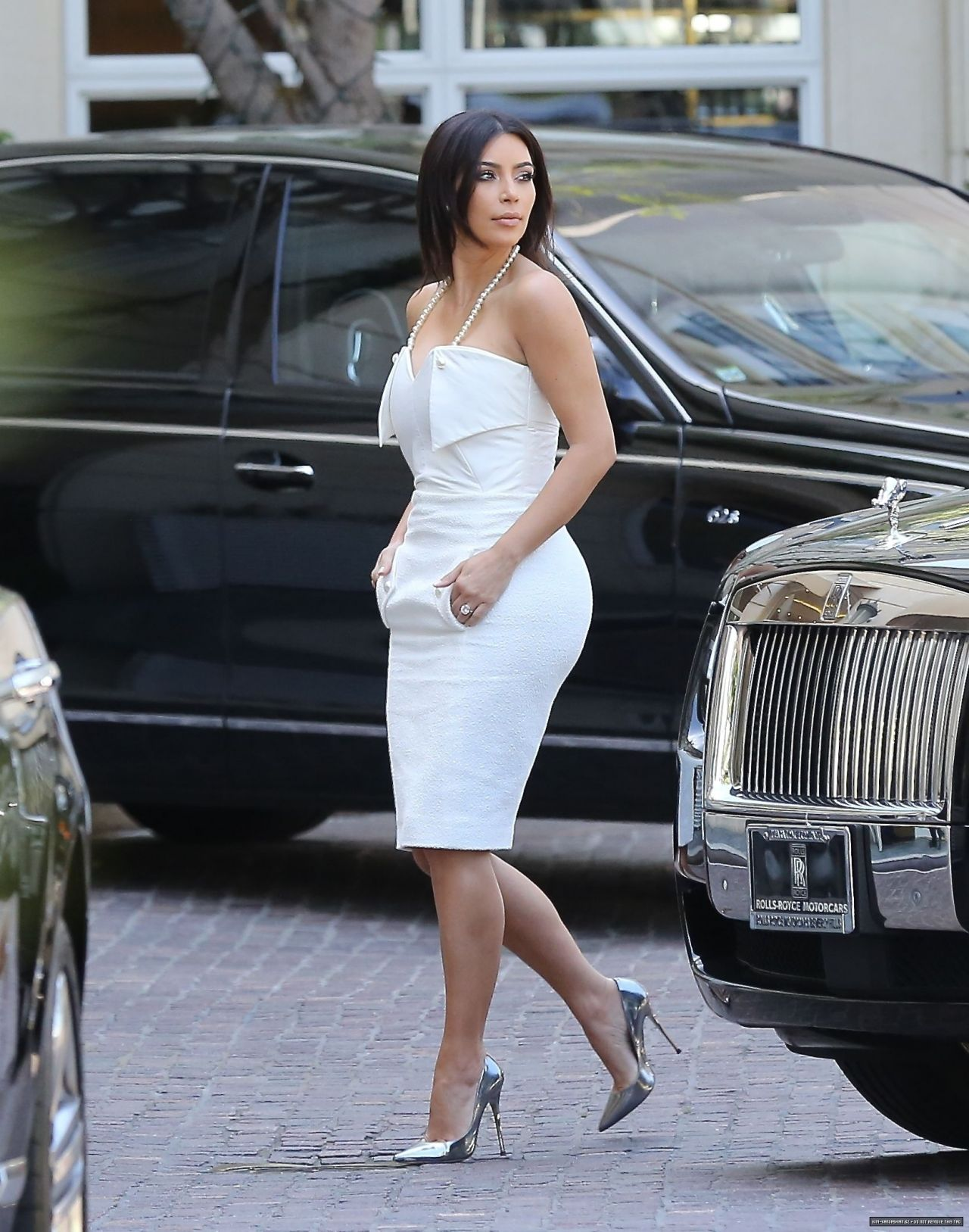 kim kardashian going to her bridal shower may 2014