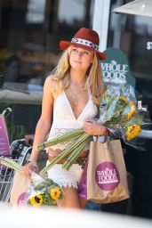 Kimberley Garner Street Style - at Whole Foods in West Hollywood - May 2014