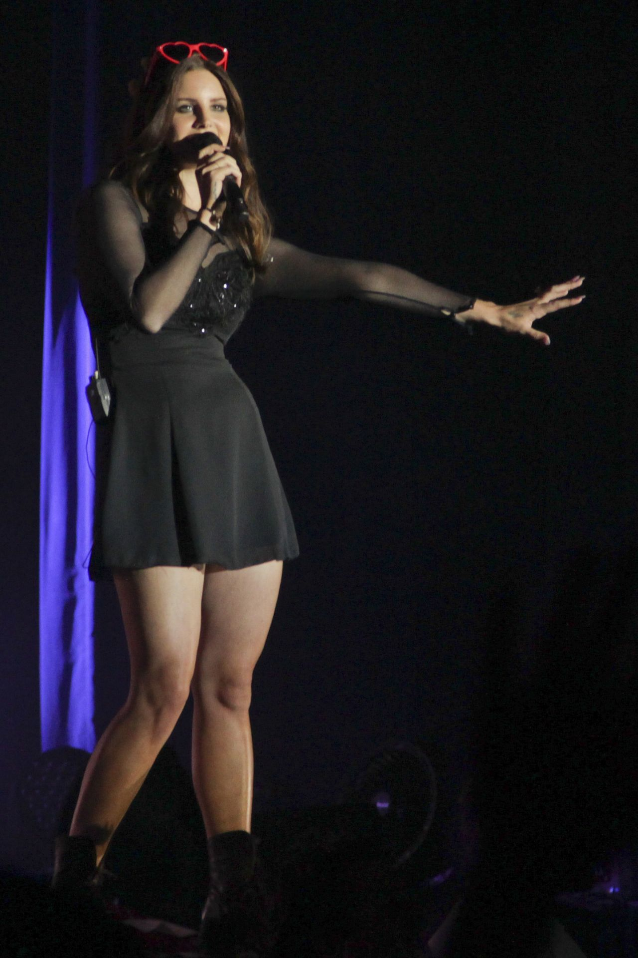 Lana Del Rey - Live Performance at the WaMu Theatre in ...