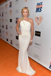 Laura Vandervoort - 2014 Race To Erase MS Event in Century City