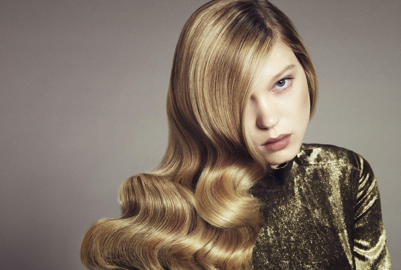 Lea Seydoux Photoshoot (by Sofia Sanchez & Mauro Mongiello)