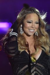 Mariah Carey Performs During the World Music Awards 2014