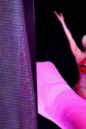 Miley Cyrus - Bangerz Tour at 02 Arena in London - May 2014