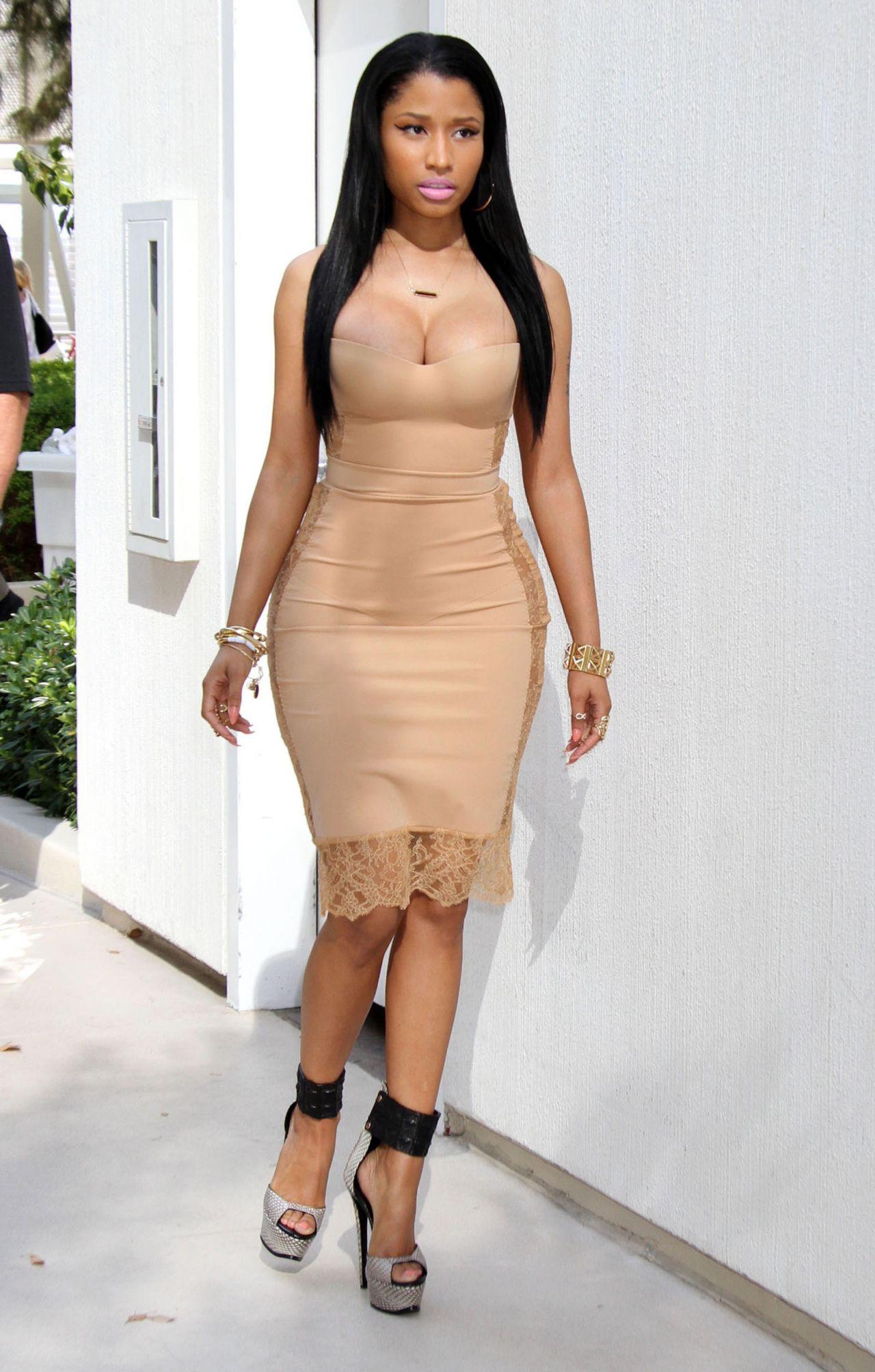 Nicki Minaj - Memorial Day Weekend Celebration - May 2014-9002