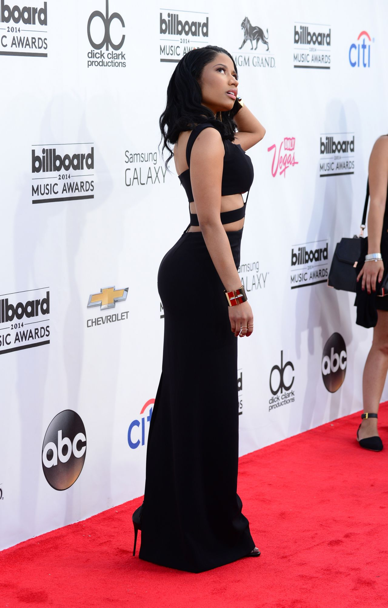 Minaj Wearing Alexander McQueen Dress - 2014 Billboard Music ...