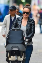 Olivia Wilde Street Style - Out in NYC - May 2014