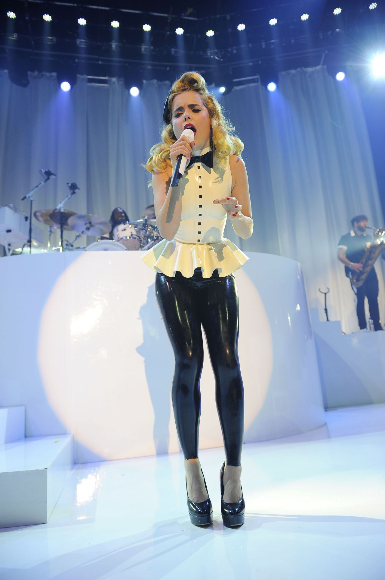 Paloma Faith Performs In Latex Camden Roundhouse May 2014