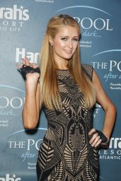 Paris Hilton - The Pool at Harrah