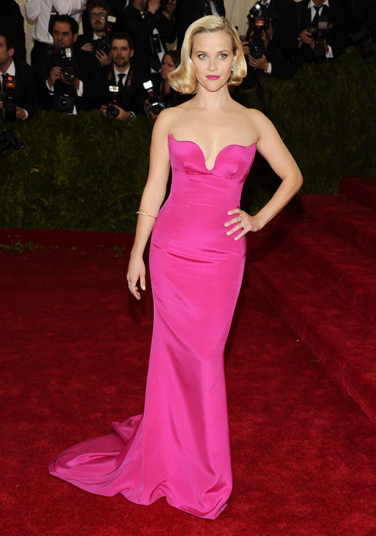 Reese Witherspoon 2014 Met Gala In New York City