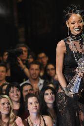 Rihanna - iHeartRadio Music Awards 2014
