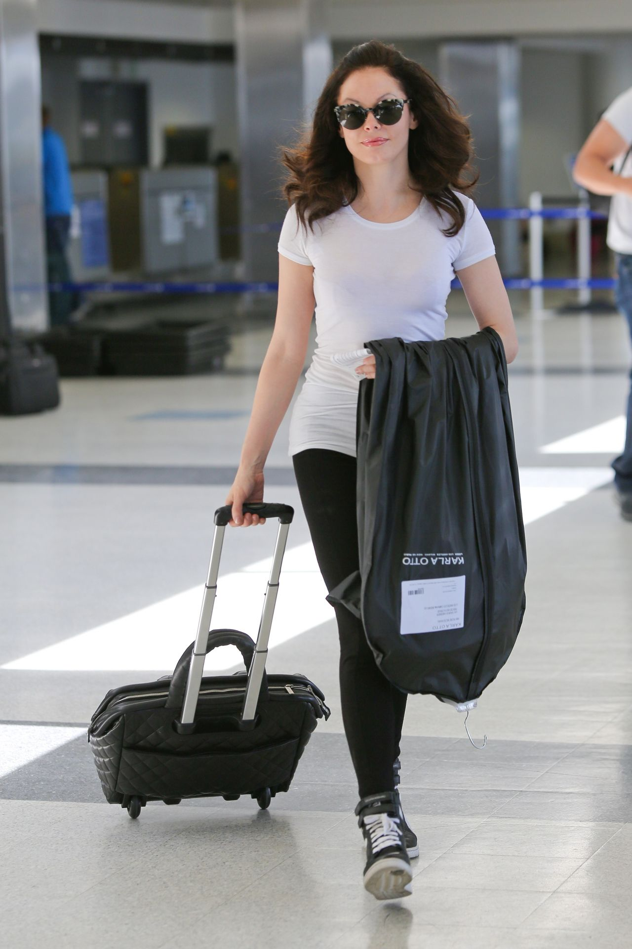 Rose McGowan at LAX Airport in Los Angeles - May 2014