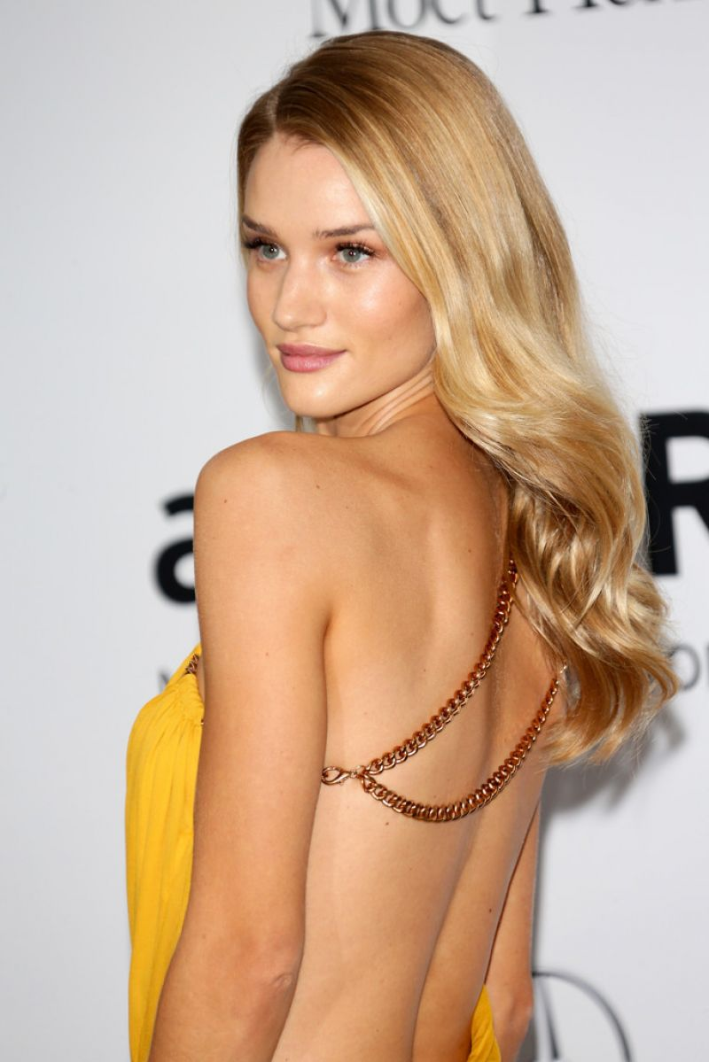 Rosie Huntington Whiteley Amfar S 21st Cinema Against