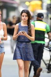 Selena Gomez Casual Style - Out in New York City - May 2014