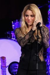 Shakira Performs at 2014 BMI Pop Awards