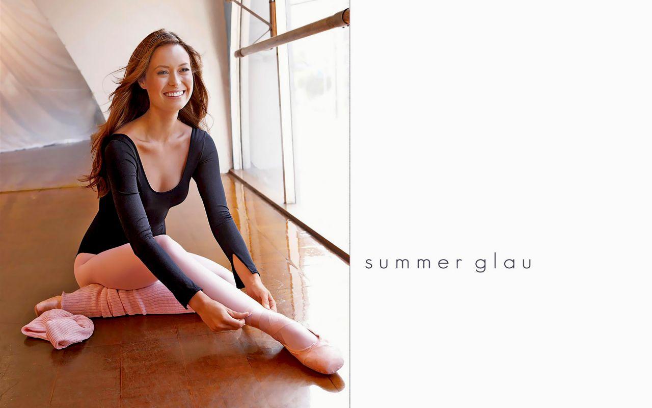 Summer Glau Wallpaper Hd