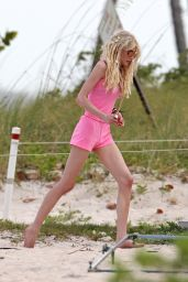 Taylor Momsen at the Beach, New Music Video Set Photos - April 2014