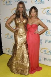 Tyra Banks & Chrissy Teigen - The Flawsome Ball - May 2014