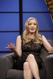 Wendi McLendon-Covey - Late Night With Seth Meyers - May 2014