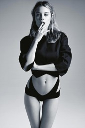 Camille-Rowe-07