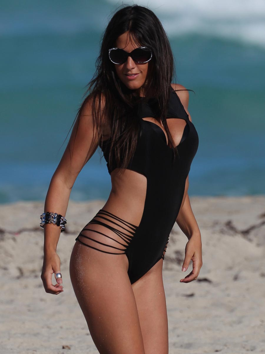 Claudia Romani In Black Monokini In Miami May 2014