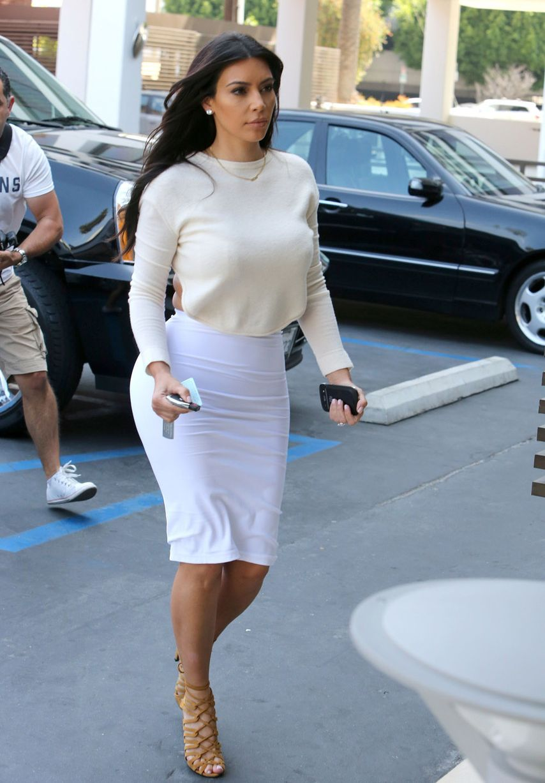 Kim Kardashian In Tight White Dress Filming For Kuwtk
