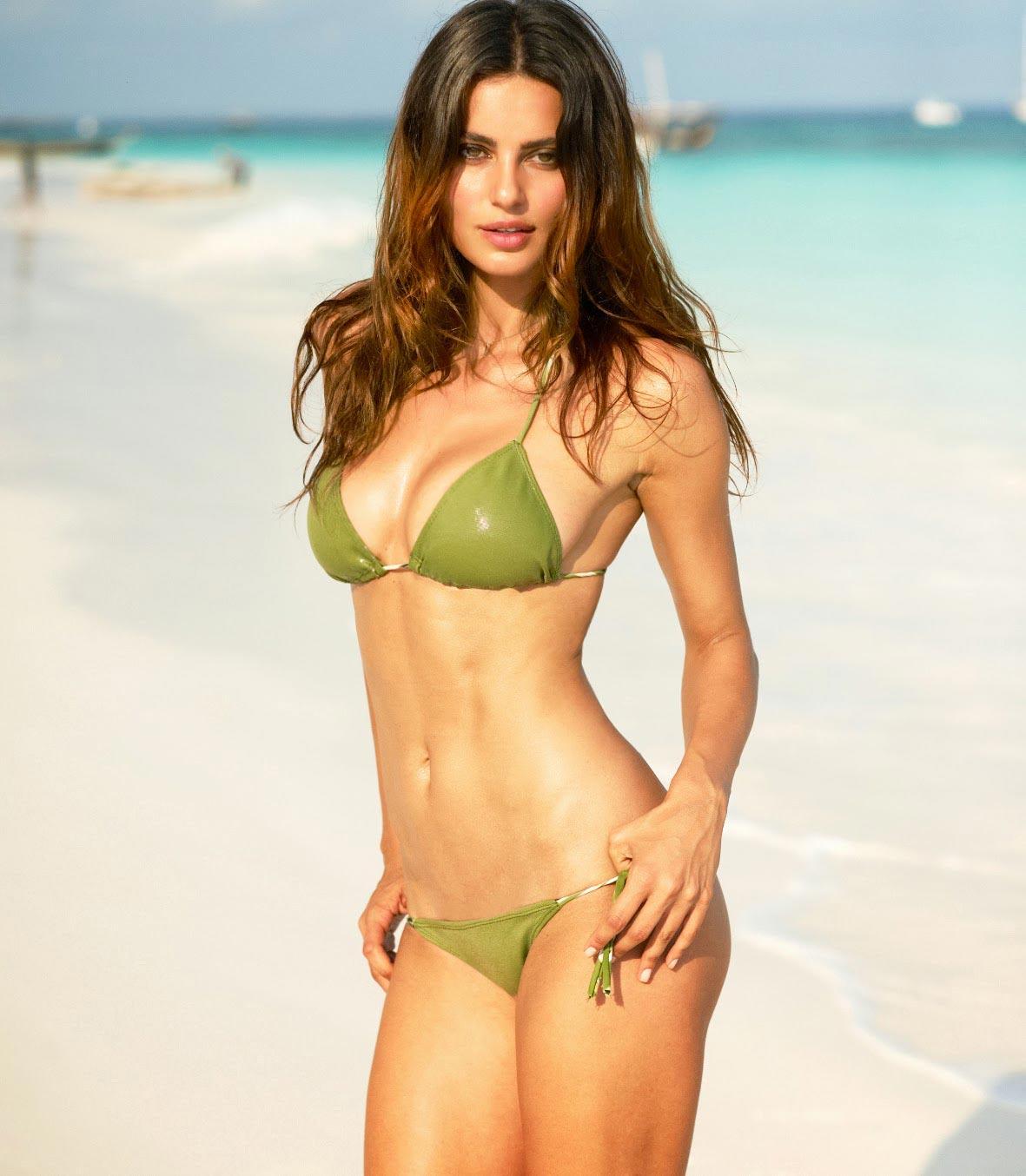 Nicole Meyer Bikini Photos 2014