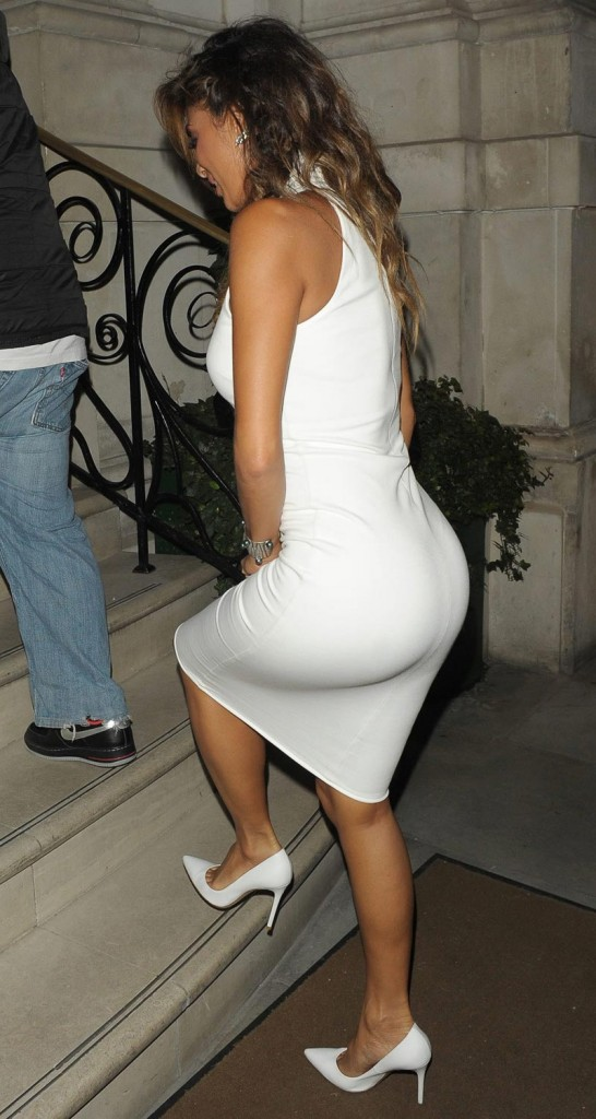 Nicole Scherzinger Booty in Skintight Dress - May 2014